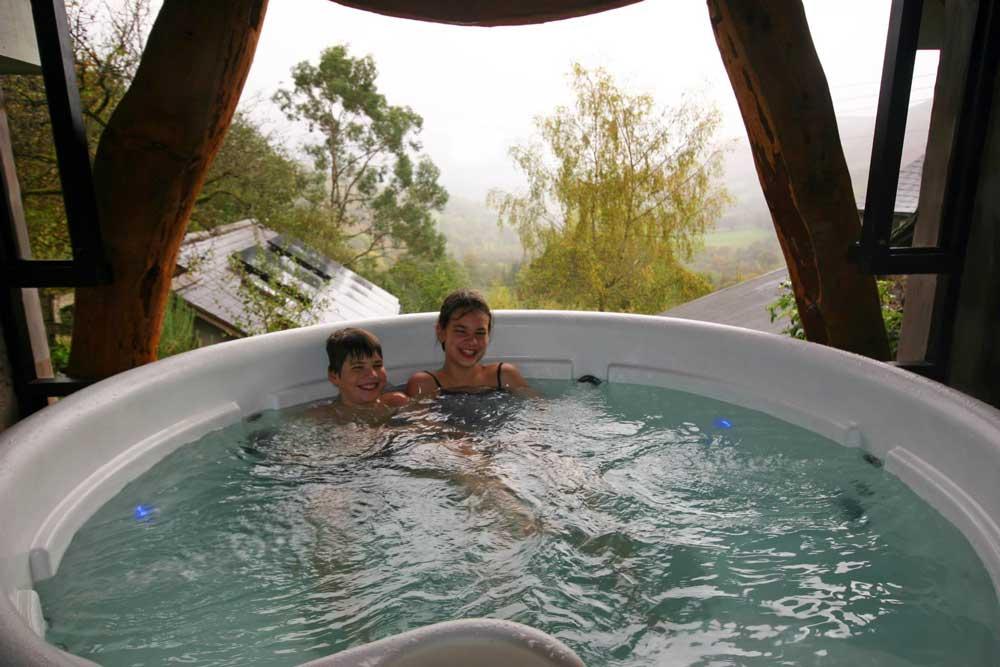 Spa Hot Tub Sauna Amp Massage Wales Nr Lake Vyrnwy